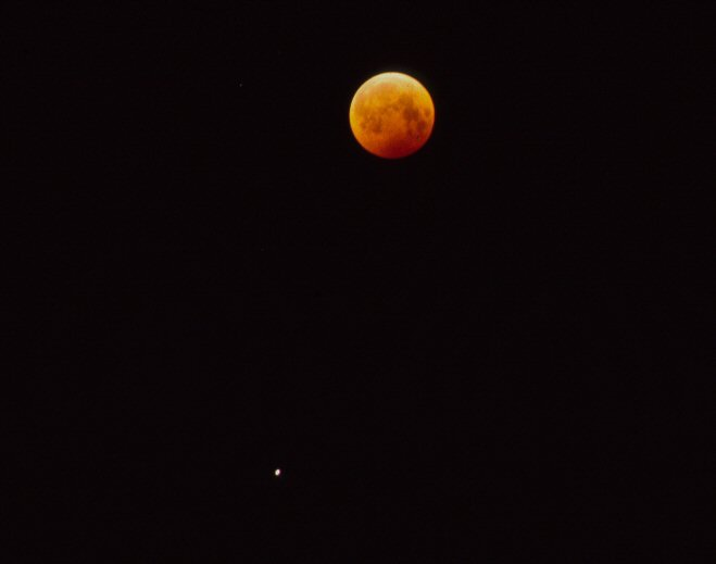 eclipsed moon&saturn27.9.9601